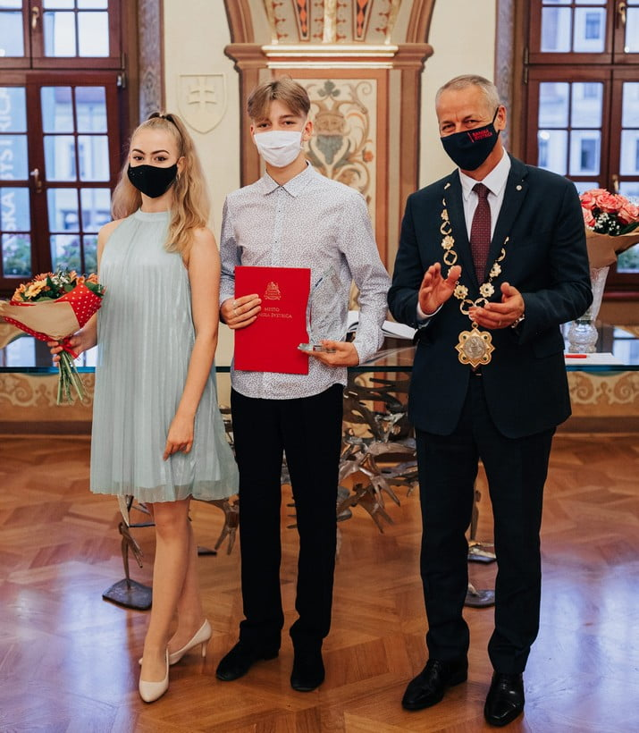 Tanecnici Liana Ferjancova a Dominik Indro2019